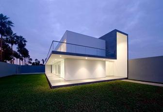 Fachada-casa-arquitectura-contemporanea