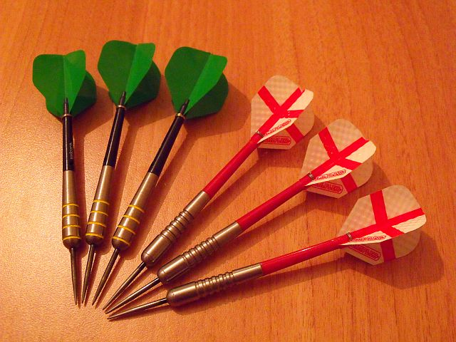 Nodor NR-1206 and RedDragonDarts Hell Fire F