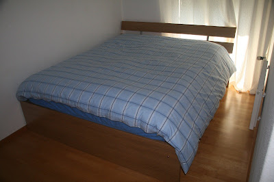 Ikea  Frame Slats on Queen Bed And Mattress   Chf 450