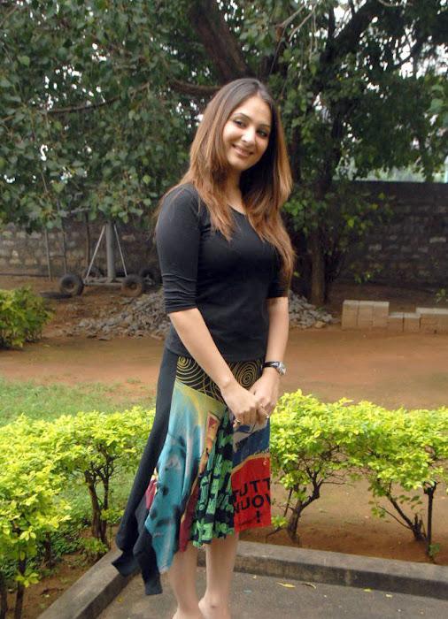 gowri munjal shoot latest photos