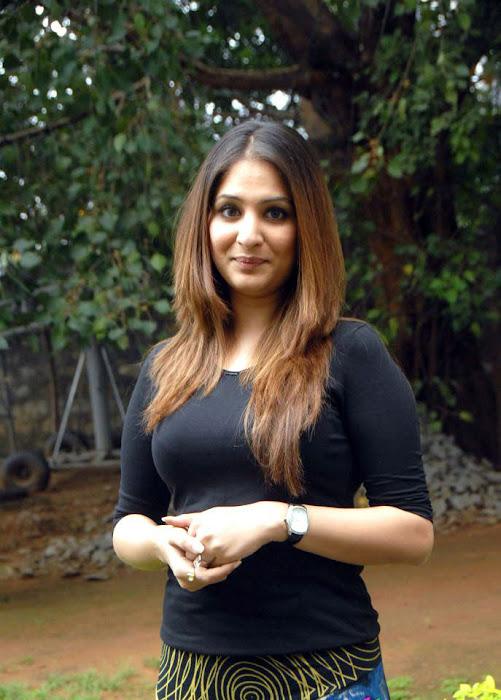 gowri munjal shoot cute stills