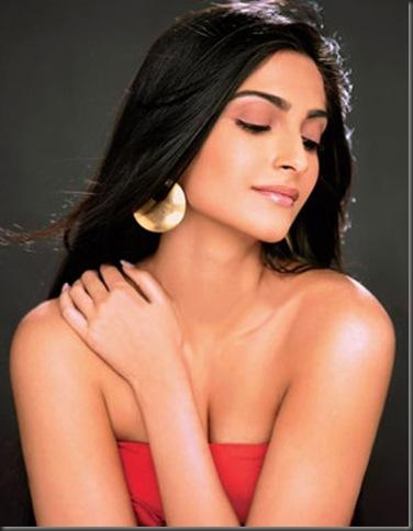Sonam-Kapoor sexy