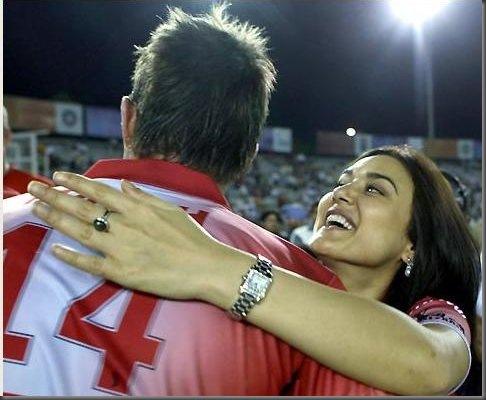 Preity Zinta Kissing Yuvraj Singh in Public1
