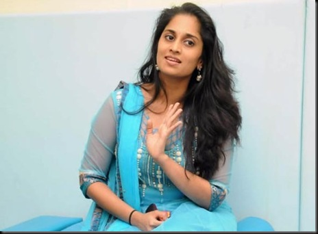 anoushka-ajith-kumar-shalini-latest-photos-10