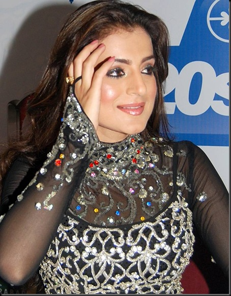 Amisha Patel-9