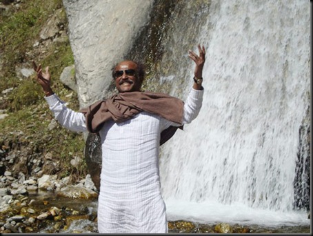 Super-Star-Rajinikanth-At-Himalayas-9