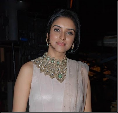 Actress Asin new stills, photos, pictures from BOllywood Police Show pictures, stills, images, gallery