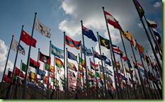 Banderas de los gobiernos participantes