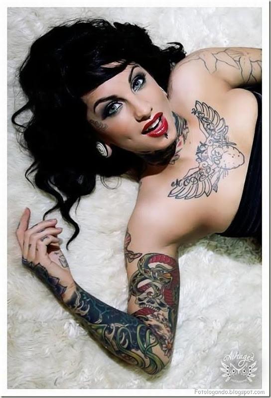 Compilação de meninas com tatuagens (15)