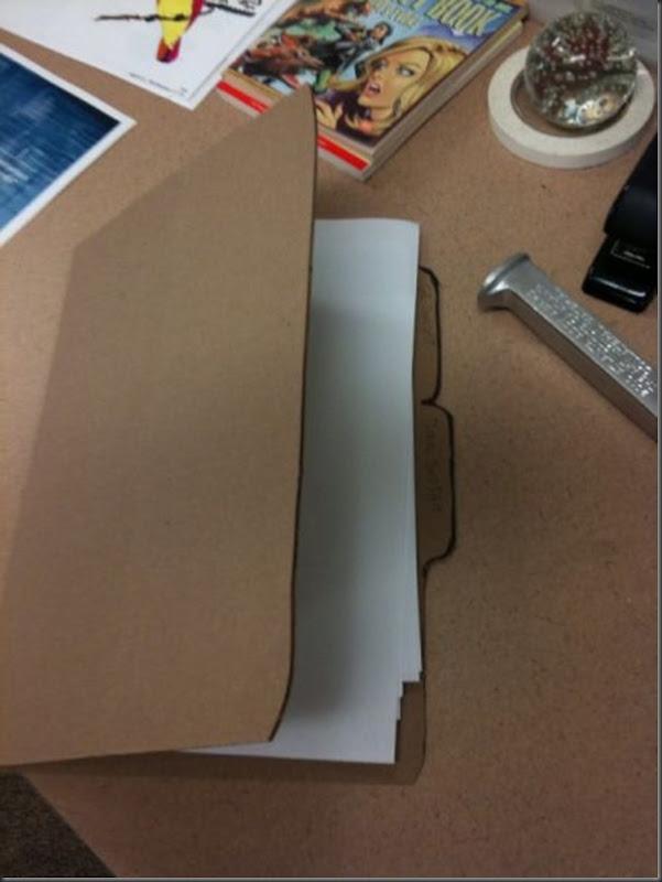 Replicas divertidas de papelão (36)