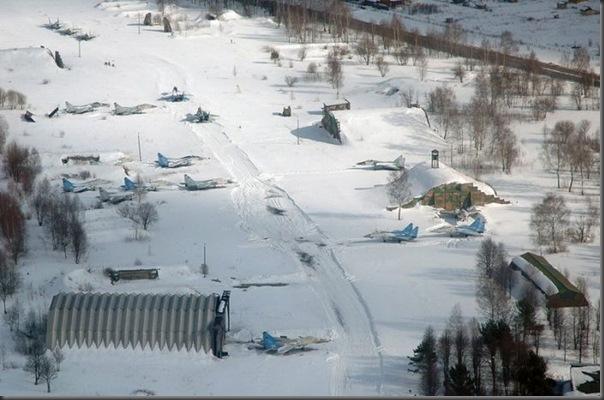 Vista aérea de pistas de aeroportos (15)