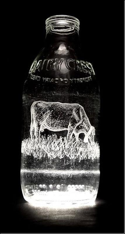 Arte na garrafa de leite por Charlotte Hughes-Martin (13)