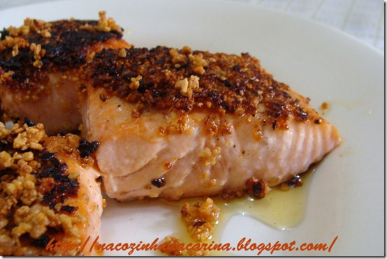 salmão-com-crosta-de-alho-frito-02