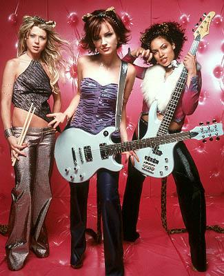 Melody, Josie e Valerie em versão carne-e-osso