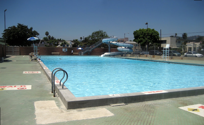 Hollywood RC Pool & Slide