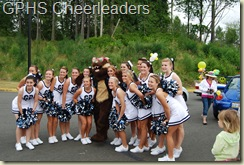 GPHS Cheerleaders with Wolvie