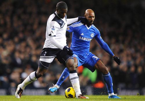 Sebastien Bassong battles with Nicolas Anelka,Tottenham HotSpur - Chelsea