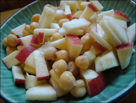 chickpeas&apple
