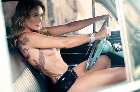 Fotos de mulheres tatuadas