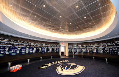 Canucks_dressing%20room.jpg