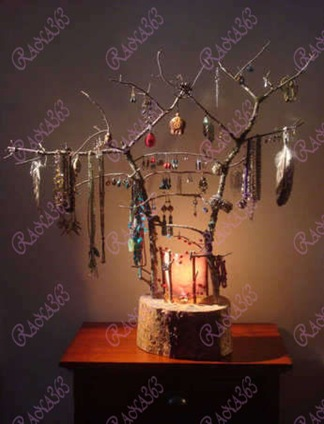 rustic-log-twig-jewelry-stand