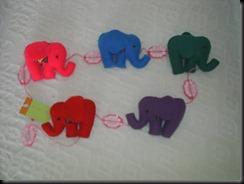 elefantes coloridos