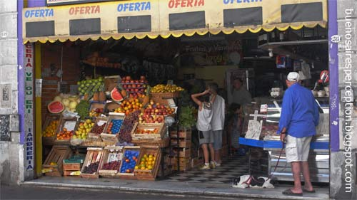Grocery store in Calle Defensa San Telmo