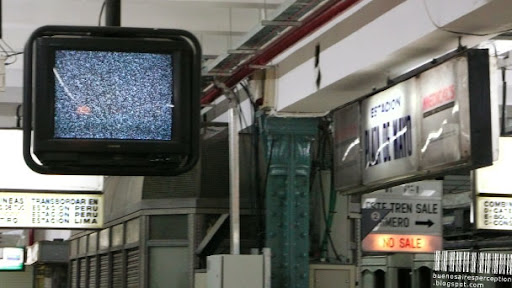 White Noise on a Public TV Screen at the Subteráneo Station