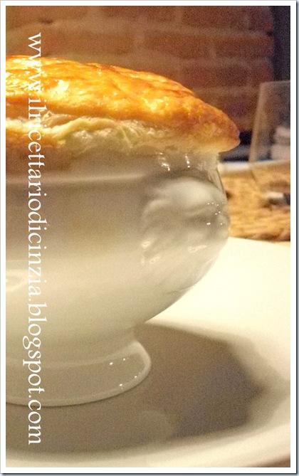 Vellutata al tartufo in crosta di sfoglia