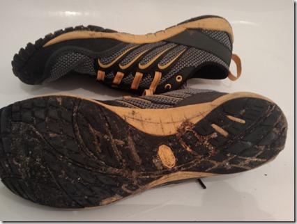 merrel trail gloves