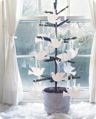 Mini-Christmas-Tree-Doves-GTL1206-de
