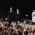 Jason giving altar call 4.jpg