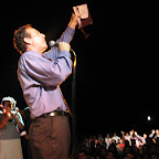 Holgu+¡n Campaign Jason giving altar call.jpg