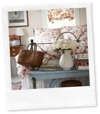 Casa de Valentin - decor de Michael Pertenio - cama de ferro romântica