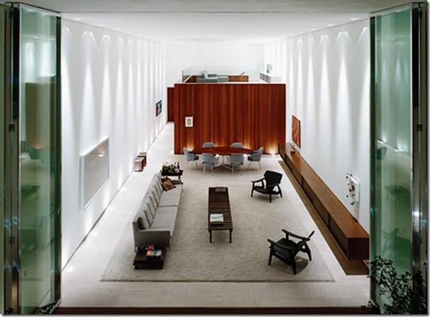 sala incrível. Casa projetada por Marcio Kogan e fotografada por Nelson Kon