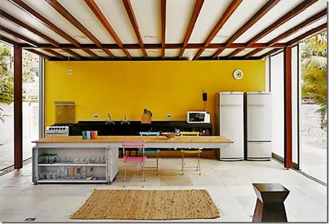Cozinha. Casa projetada por Nitsche Associados e fotografada por Nelson Kon