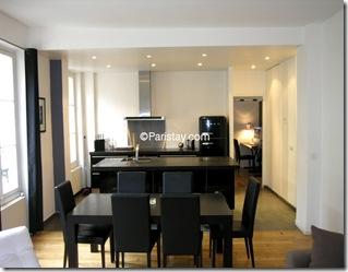 Cozinha preta - apartamento em Paris