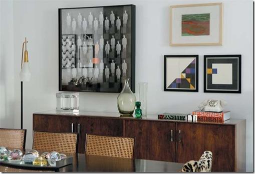 Disposição de quadros na sala de jantar by casa Claudia