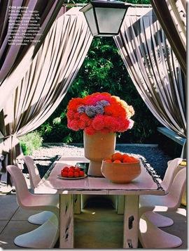 Casa de Valentina - arranjo alto e colorido