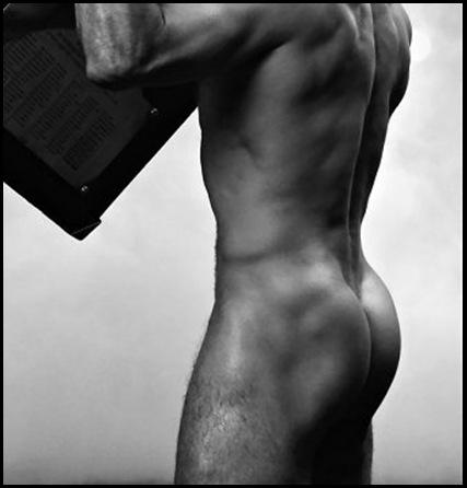 HOMBRES ......IMPRESIONANTES ! Calendario_chicos_marzo_thumb%5B7%5D