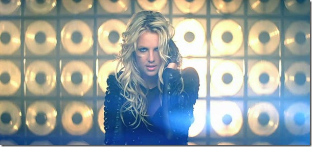 Britney Spears - Till The World Ends 12