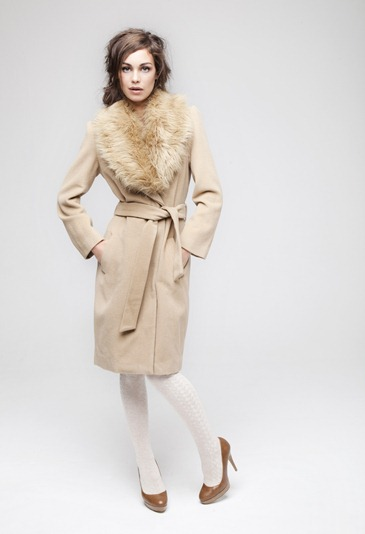 ·         Cashmere fur collar coat £49