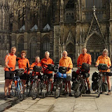3_Biking4Energy_voor_de_Dom.JPG