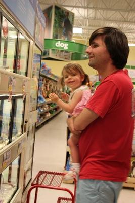 Trip to PetsMart_20110408_004