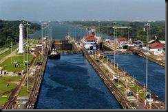 800px-Panama_Canal_Gatun_Lo