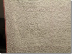 Colonial Ladies Quilt 006