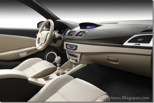 2010_renault_megane_cc_coupe_cabriolet_10