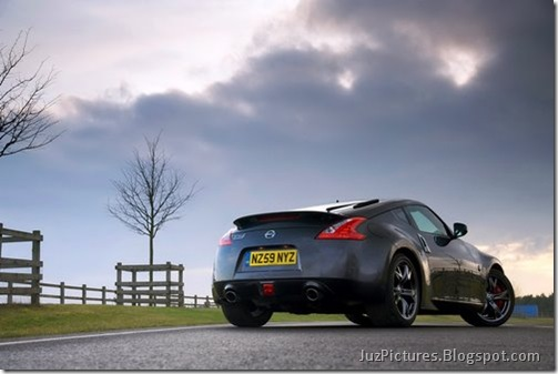 Nisan-370Z-Black-Edition-7