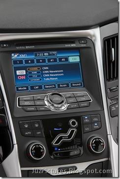 2011-Hyundai-Sonata-26