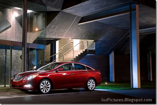 2011-Hyundai-Sonata-7